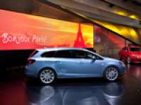 2010 Paris Mondial de l'Automobile - Overview of the Paris Motor Show - VIDEO ENHANCED