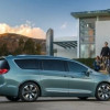 2018 Chrysler Pacifica Offers 4G LTE Wi-Fi With Unlimited Data From AT&T