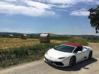 Italian Super-car Road-trip - A Lamborghini Huracán Delight