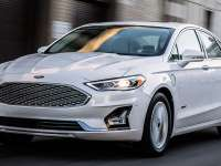 2019 Ford Fusion Platinum Energi Plug In Hybrid Review By John Heilig - It's E15 Approved