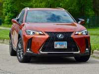 2019 Lexus UX and UXh New Car Review by Larry Nutson - It's E15 Approved +VIDEO