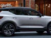 2020 Volvo XC40 T5 AWD Review by John Heilig