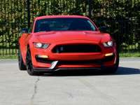 2019 Shelby GT350 Review By Larry Nutson
