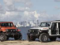 "New Jeep® Wrangler and Gladiator ""Three O Five"" Edition Models Debut at Miami Auto Show"