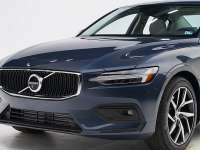 2020 Volvo S60 Earns IIHS Highest Safety Award