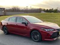 2020 Toyota Avalon Hybrid XSE Review By John Helig