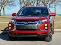 2020 Mitsubishi Outlander Sport Chicagoland Review By Larry Nutson