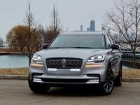2020 Lincoln Aviator Chicagoland Review by Larry Nutson