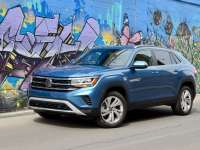 2020 Volkswagen Atlas Cross Sport Review by Larry Nutson