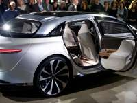 Lucid Air Luxury Sexy $160,000 Electric Sedan - Private Jet Interior, Formula E 500 Miles Range, Electrifying