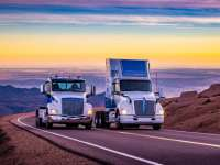 Kenworth and Peterbilt Zero Emissions Trucks Summit 14,115-Foot Pikes Peak; First Class 8 Electric Vehicles to Achieve Landmark Milestone