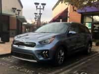 2020 Kia Niro PHEV Review by Bruce Hotchkiss +VIDEO