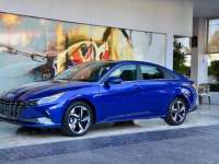 2021 Hyundai Elantra & Elantra Hybrid Reviews By Larry Nutson