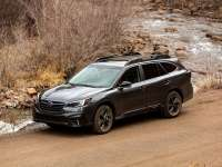 SUBARU'S OUTBACK ONYX Review - NOT JUST A SMOKE AND MIRRORS MOOD CHANGER