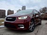 Go In Snow: 2021 Chrysler Pacifica Pinnacle AWD Review By Larry Nutson