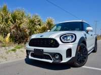 2021 MINI Cooper SE Countryman ALL4 PHEV Review By Larry Nutson