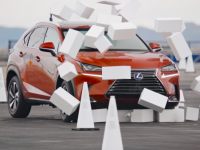 Lexus Can Change Your Mind About Texting and Driving in 4.6 Seconds +VIDEO