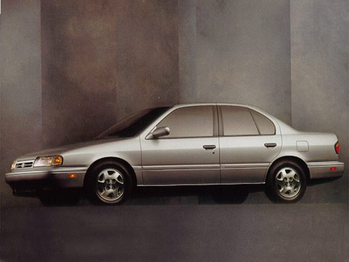 1995 INFINITI G20t SPORT SEDAN. by: BILL RUSS